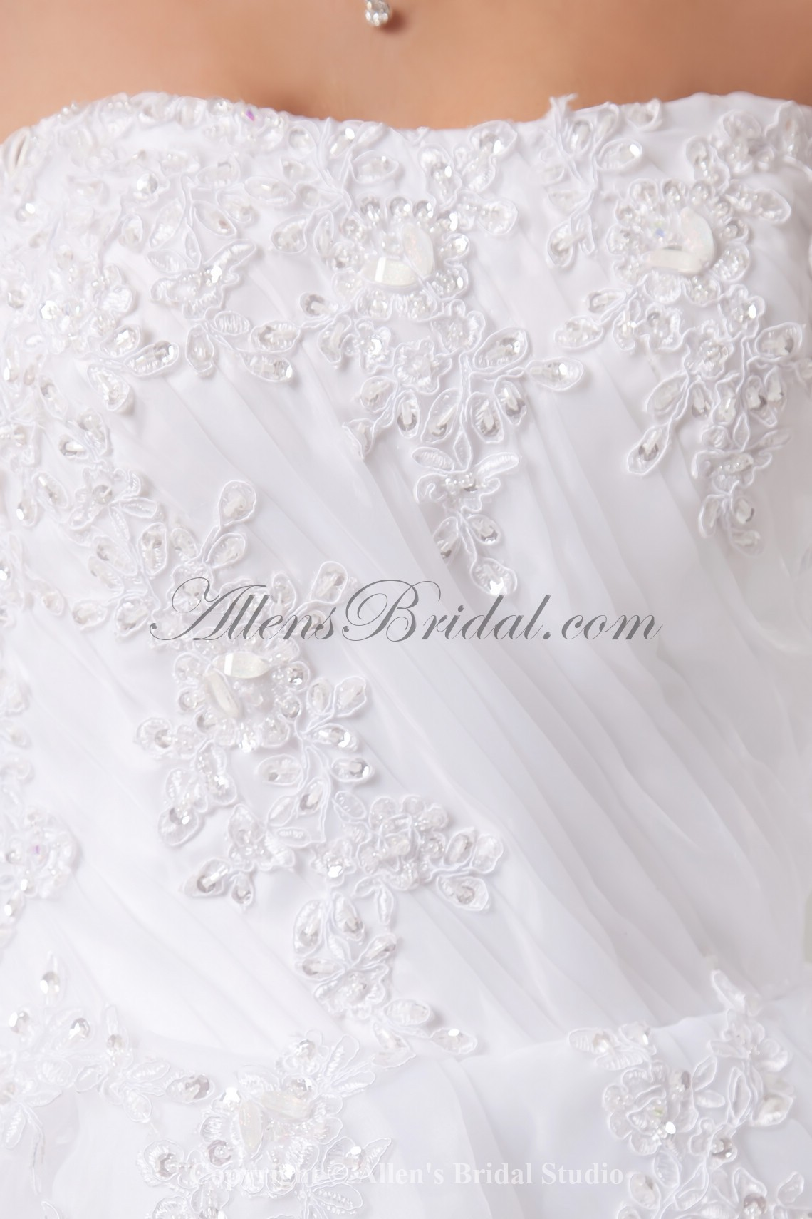 /992-7950/organza-strapless-ball-gown-sweep-train-embroidered-wedding-dress.jpg